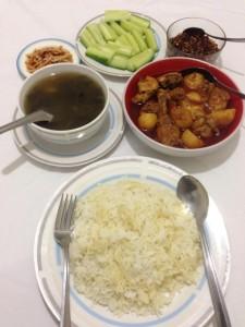 1セットのミャンマー料理