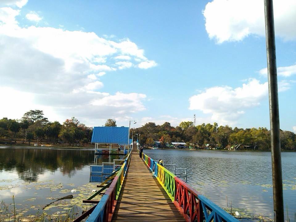 ナウンヤ湖