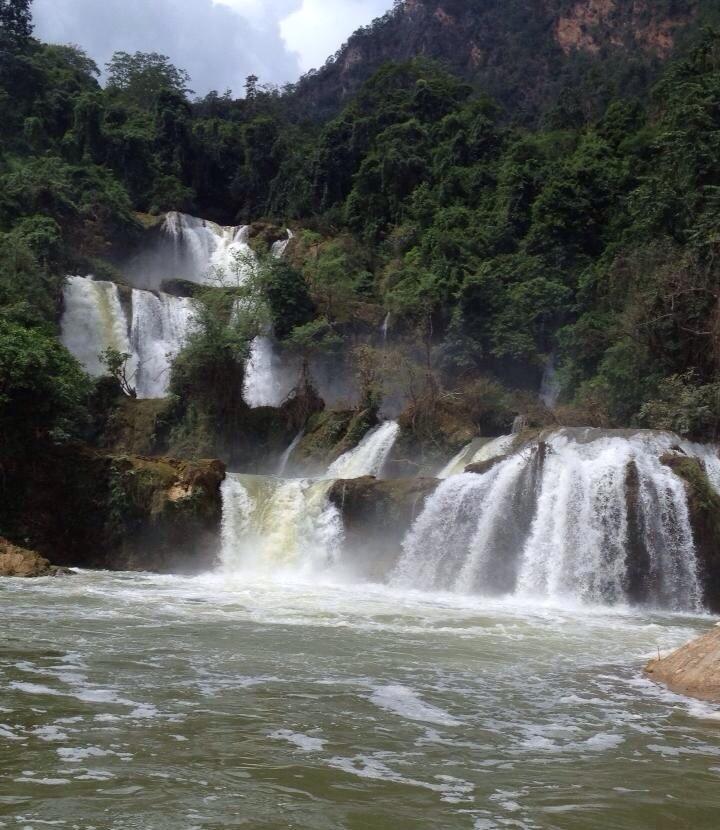 ローピタ滝