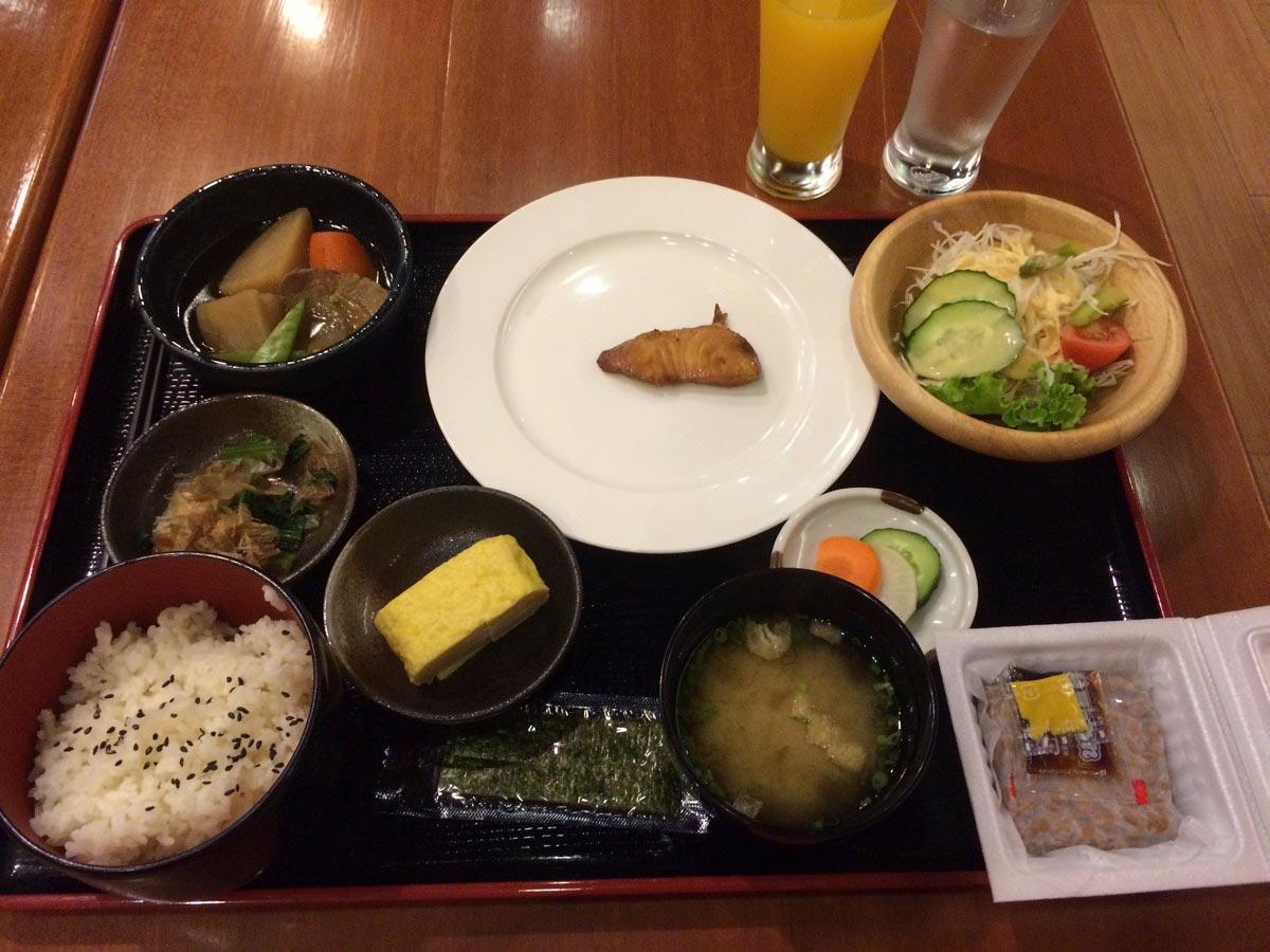 HOTEL KAN KAW DELUXE 朝食は日本食